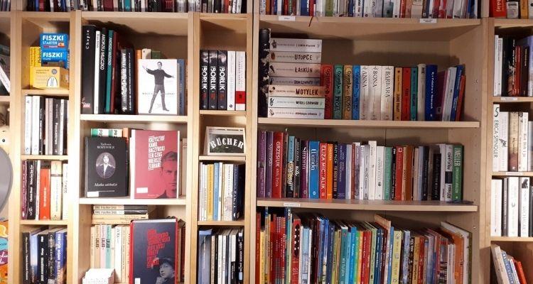 Polskojęzyczna Biblioteka / Polnischsprachige HausBibliothek